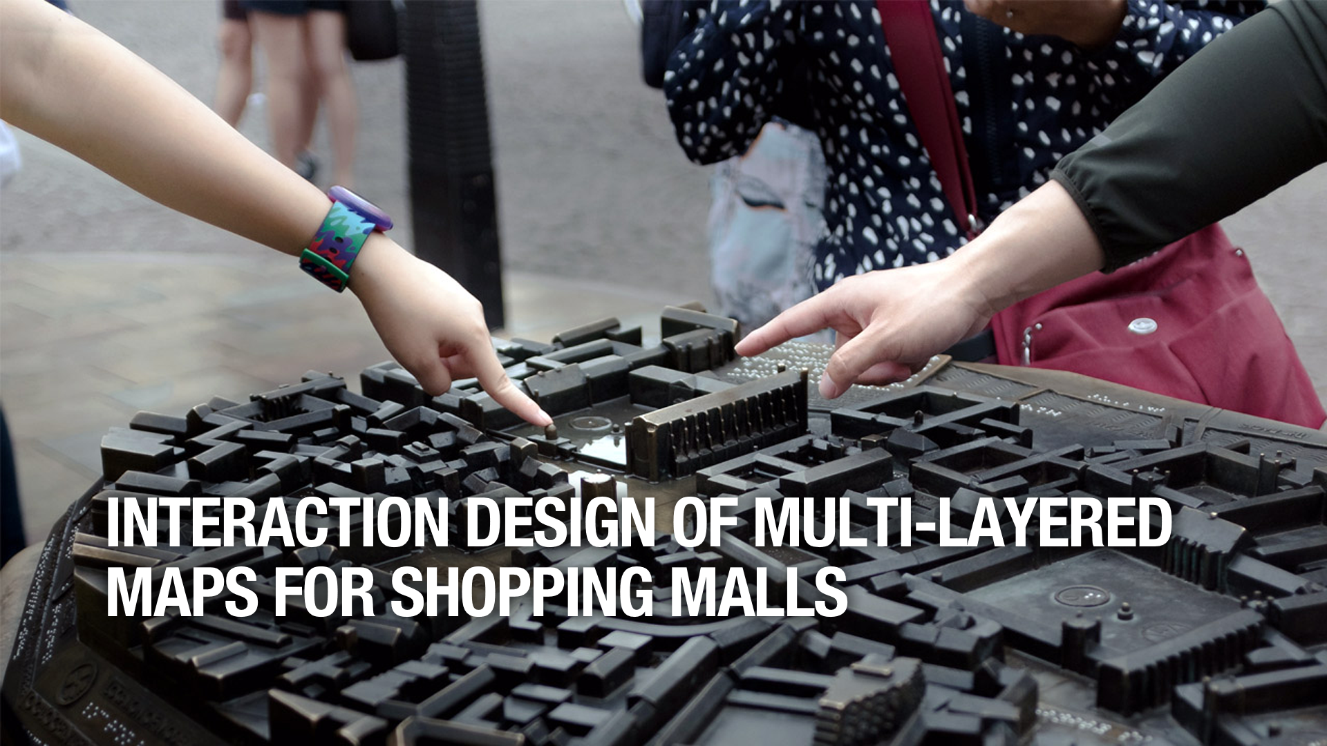 Interaction Design of Multi-Layered Maps for Shopping Malls